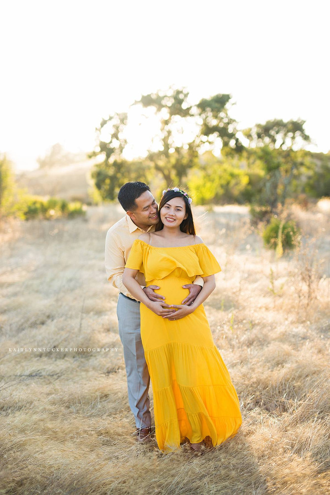Summer Maternity Session | Napa Valley Photographer | Kaitlynn Tucker Photography