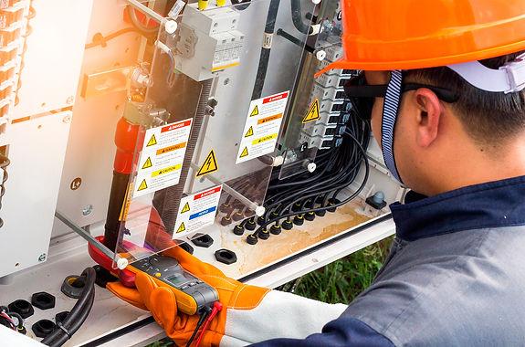 carrera-dual-electricista-industrial-sen