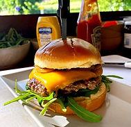 klassik trathaus cheeseburger
