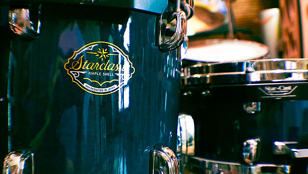Starcalssic maple drum set, drumkit, studio drummer, music production in Los Angeles