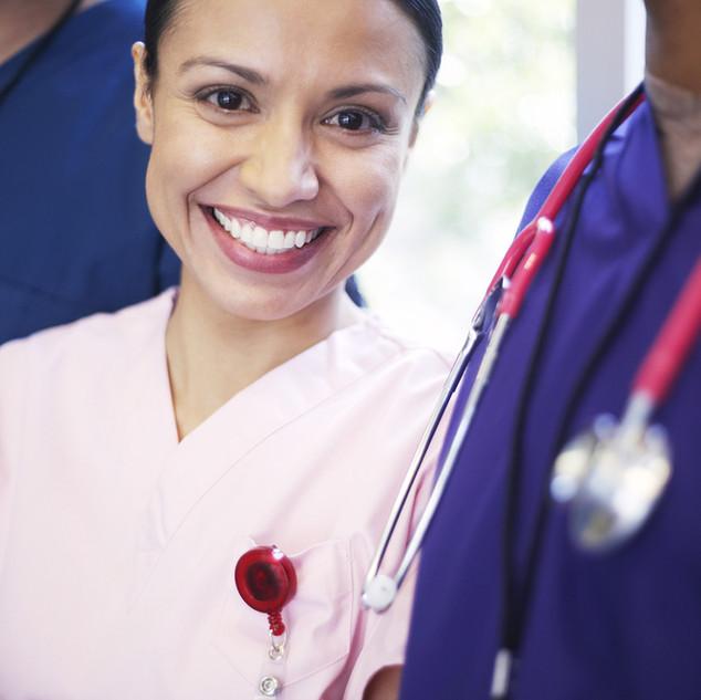 Sonriendo personal médico