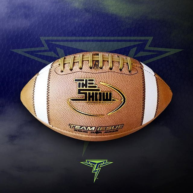 EVERY TOUCHDOWN THROWN AT THE SHOW WILL BE WITH CUSTOM FOOTBALLS FROM TEAM ISSUE & BIG GAME BALLS! �