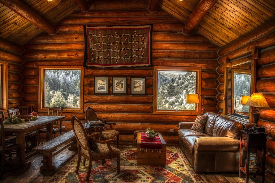 log-cabin-4030556_1920.jpg