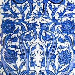 Turkish ceramic tiles wall background.jp