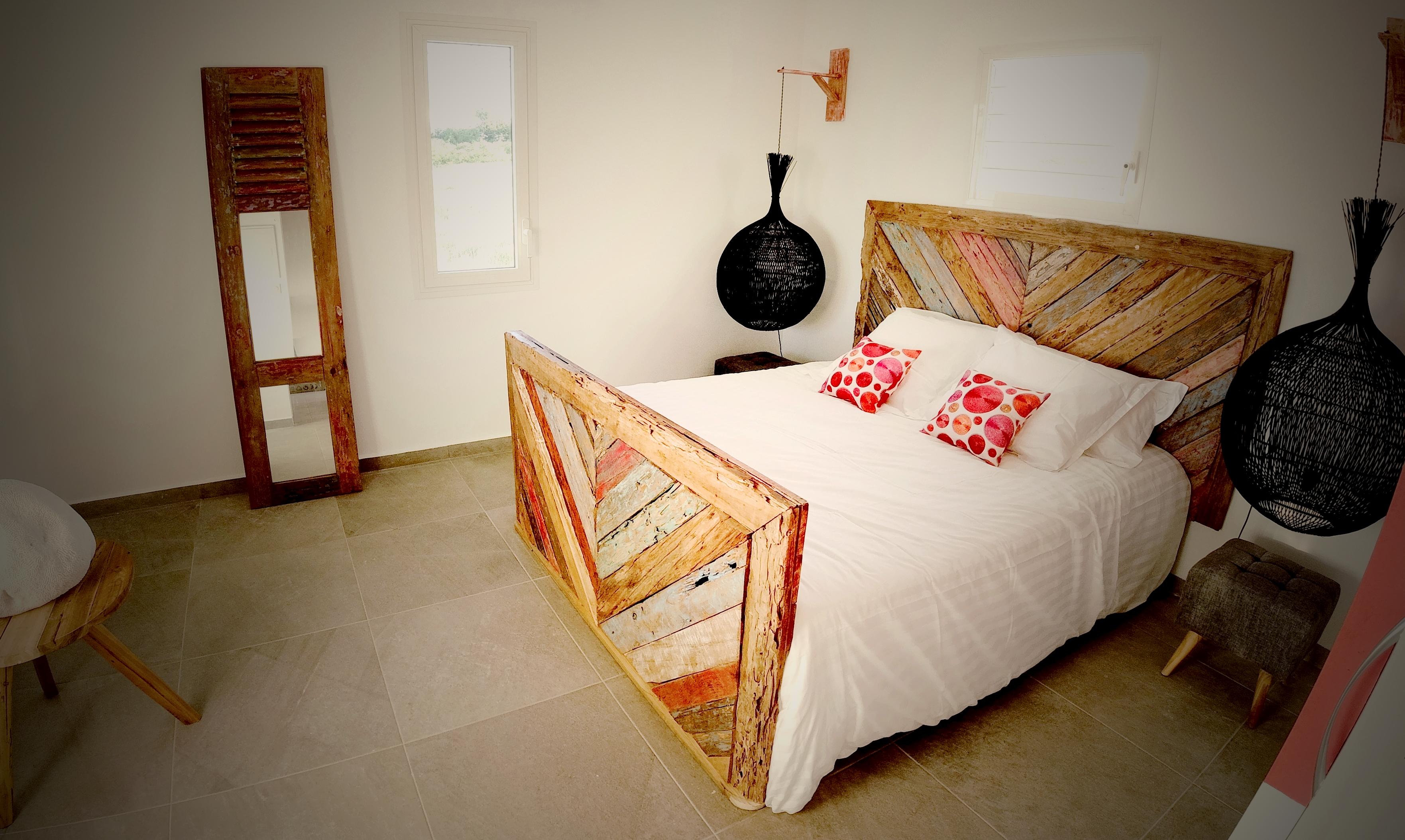 La chambre (14m² !)