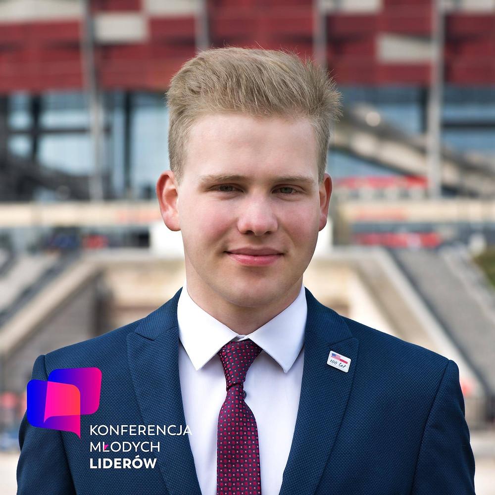 Maciej Nadzikiewicz, Forbes 25 under 25, konferencja młodych liderów