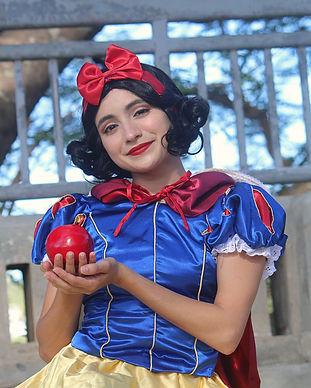 Snow White 12.jpg