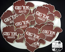Aggies, Gig'em platter