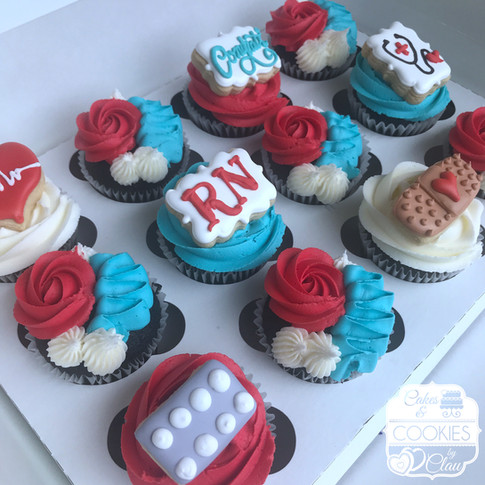 Nurses Day Graduation Cupcakes