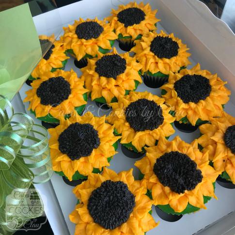 Sunflower Cupcakes 1