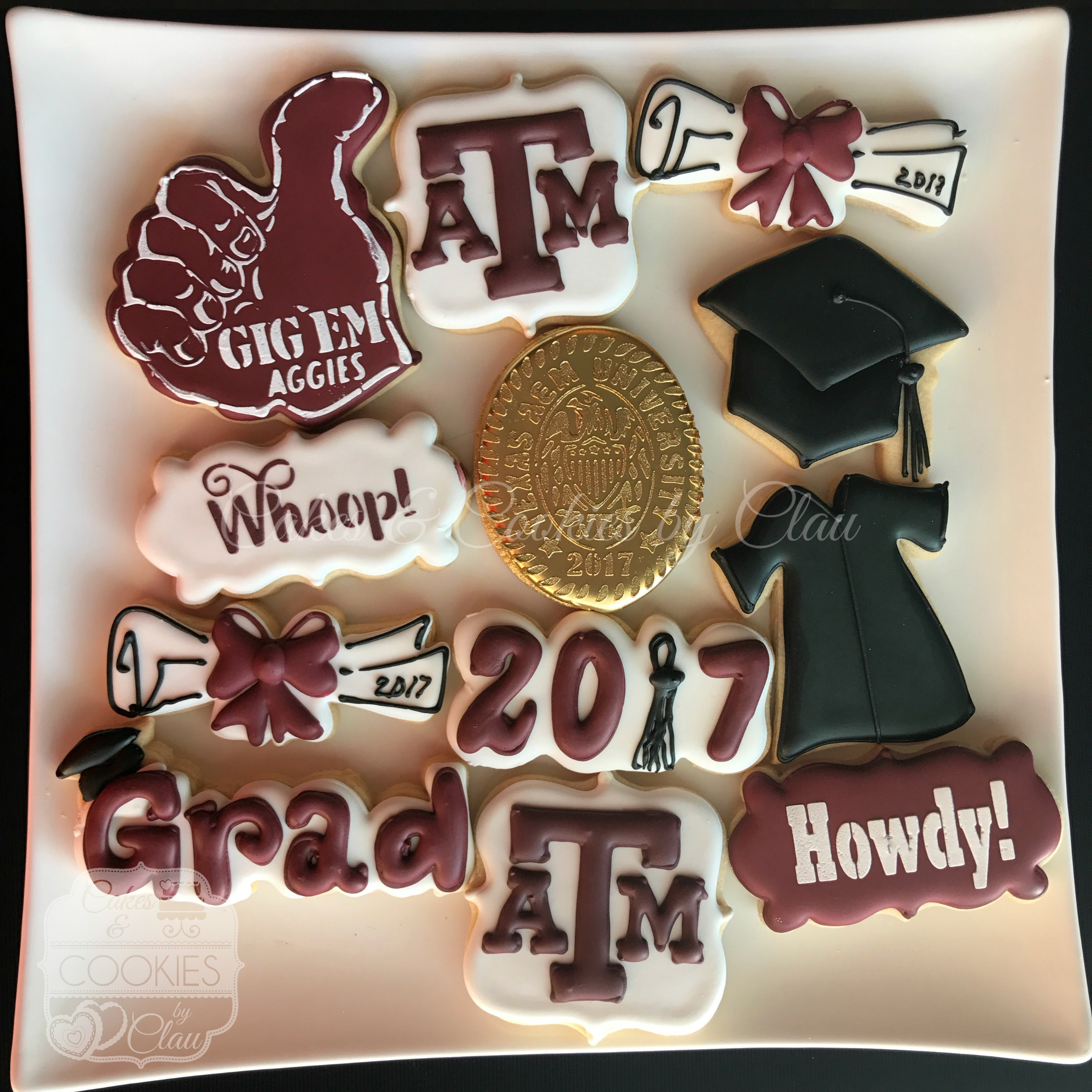 2017 TAMU Graduation Set Basic