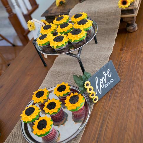 Sunflower Cupcakes - Customer Pic 2