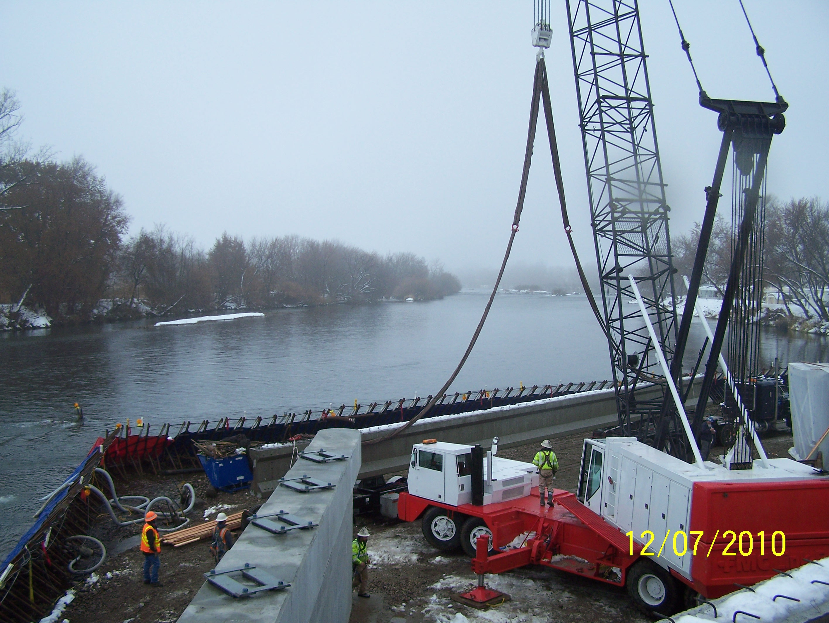 Placing Bridge Girders
