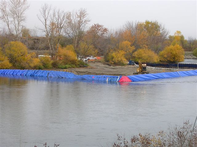 Cofferdam frames with tarps
