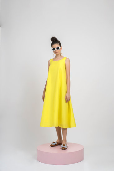 PLEATS FLARE DRESS - YELLOW