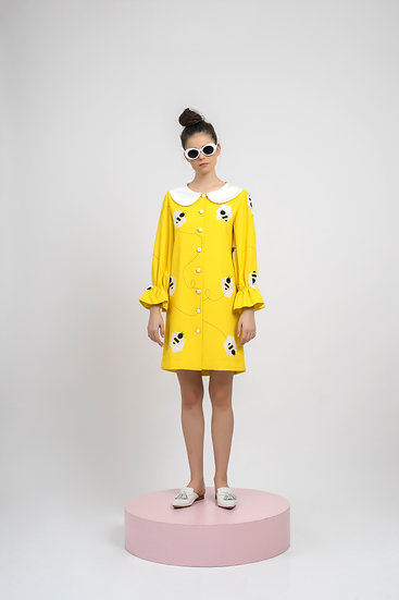 ROUND COLLAR BEE DRESS