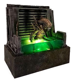 etsy alien diorama pic1.jpg