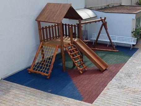 Os projetos continuam: playgrounds com o Piso Formato Ossinho!