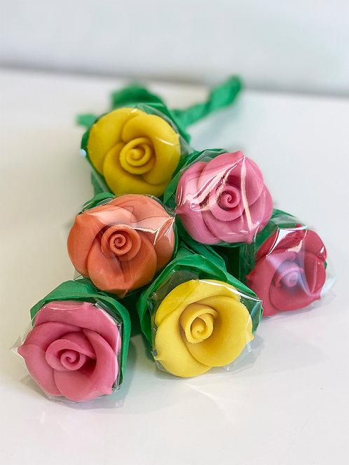 Bouquet à croquer - Rose en pâte d'amande