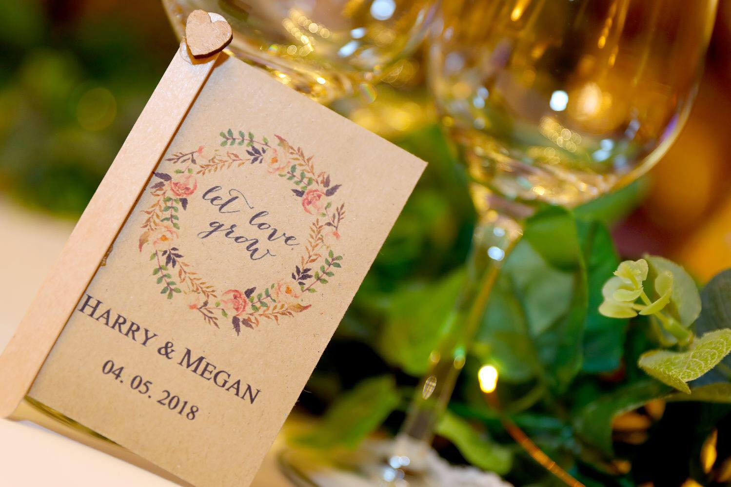 Seed packet wedding favours