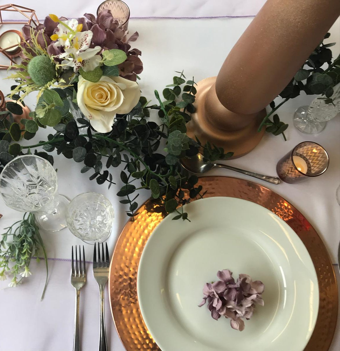 Lavender and sage wedding table sett