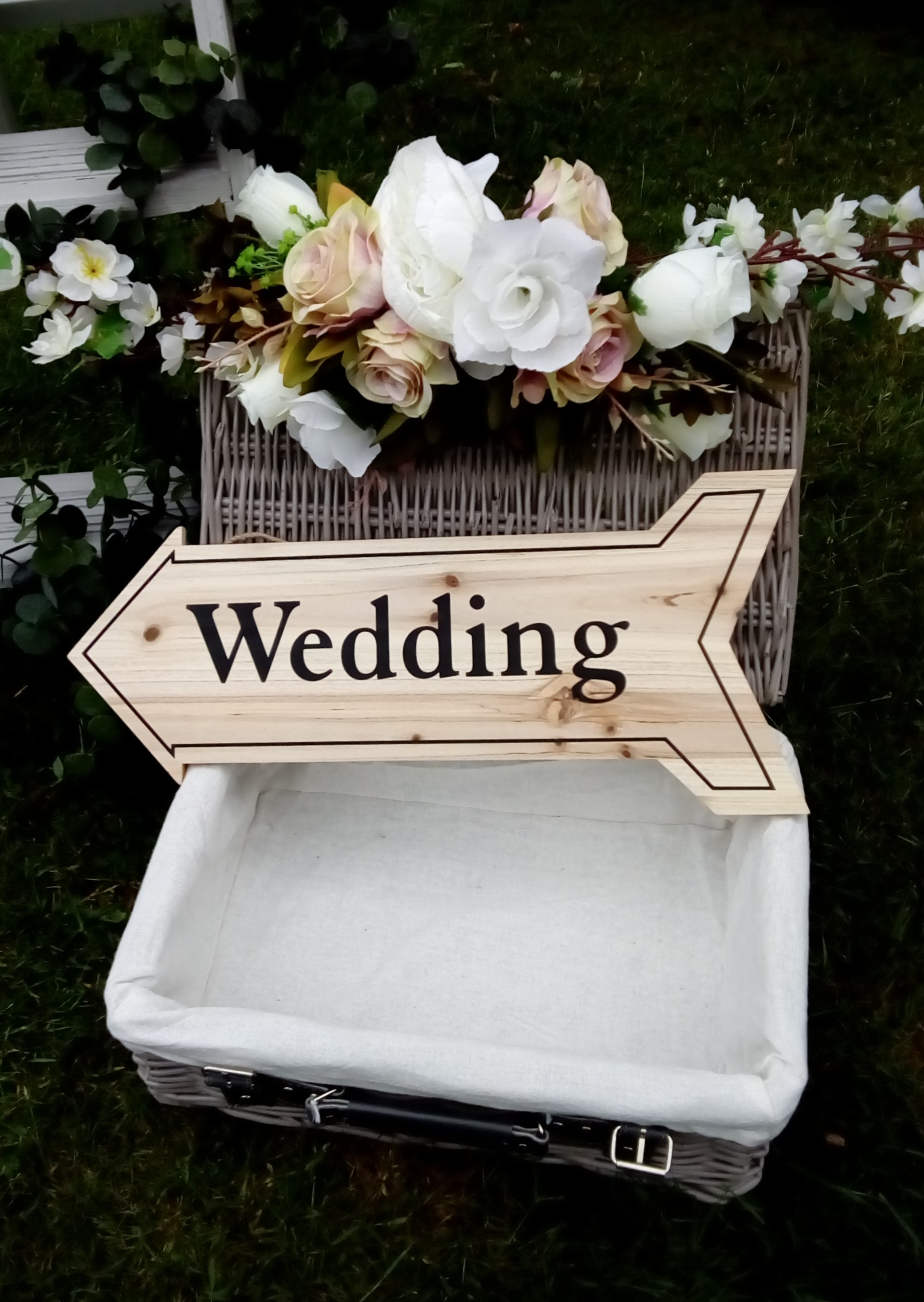 Wedding Arrow