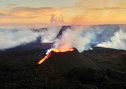 eruption-volcanique-ile-de-la-reunion.jp