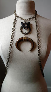 12. Jaguar body necklace