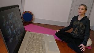 photo yogan pour zoom.jpg
