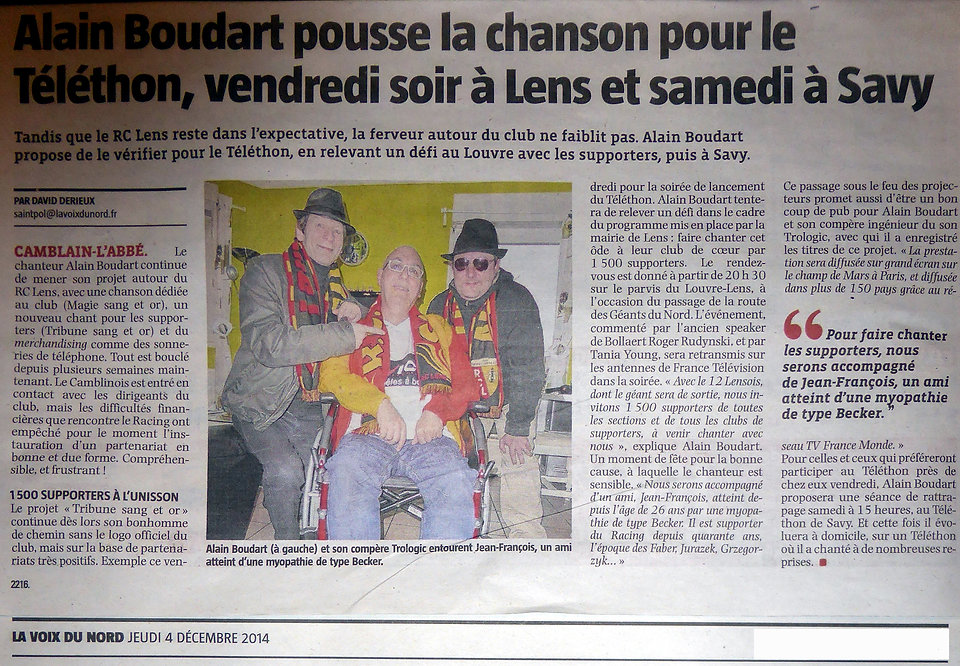 ALAIN LE CHANTEUR TELETHON AVEC LES SUPPORTERS DU RACING CLUB DE LENS