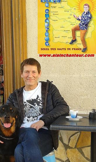 ALAIN LE CHANTEUR et son chien (Beauceron)