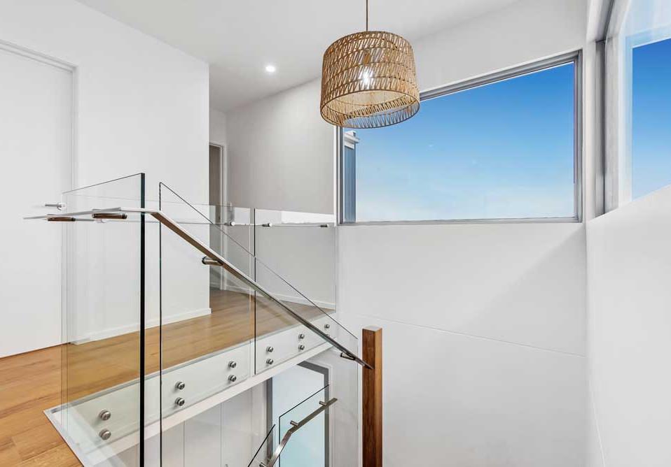 Polished frameless balustrade