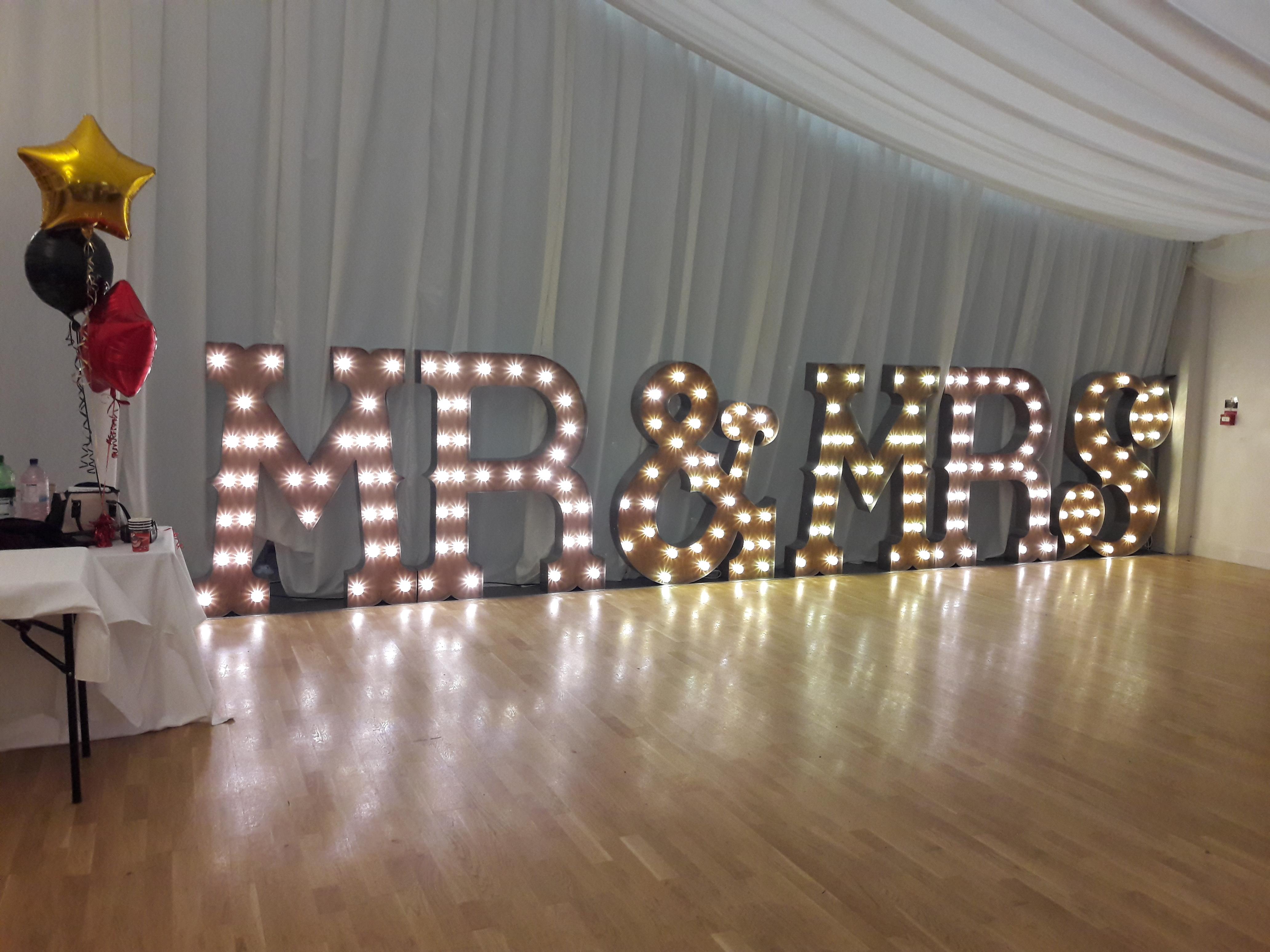KMS Hire MR & MRS Letter Lights