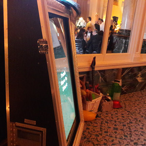 KMS Hire - London magic mirror photo booth wedding hire