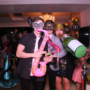 KMS Hire - magic mirror photo booth hire Surrey for birthdays, parties and events