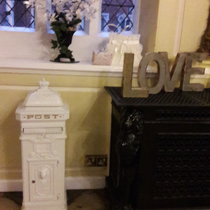 KMS Hire - Essex Wedding Vintage Style Postbox Hire