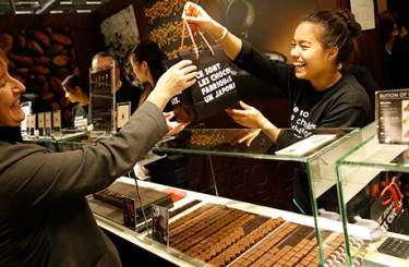 SHOP FOR CHOCOLATE FROM AROUND THE GLOBE