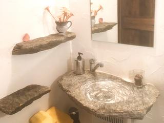 Rustico Campiroi Badezimmer mit lokalem