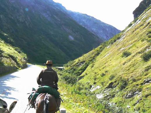 Unterwegs zum Gotthard (Tremola)