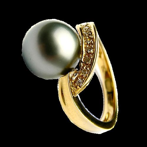 Lady Pearl Diamond Ring - 011