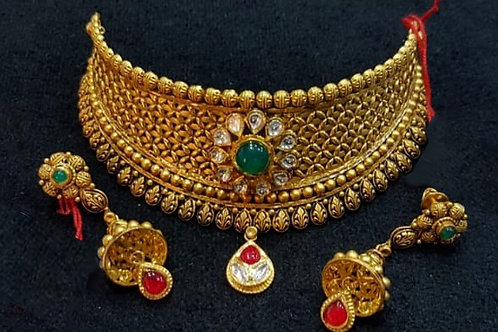 Gold Kundan Chocker & Jhumka