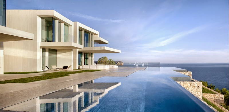 Minimalist house with infinity pool