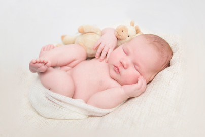 Clara Andrine | Nyfødtfotografering