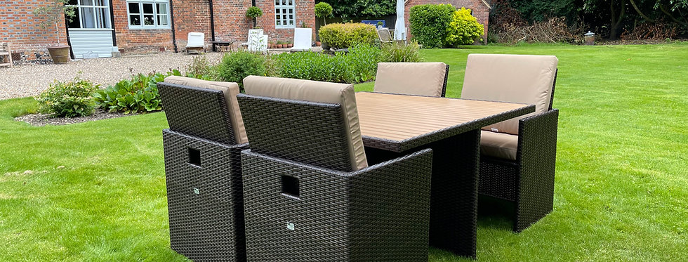 Brown Weave Cube Dining Set