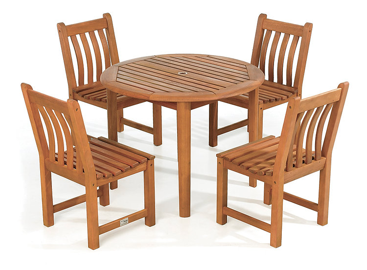 Broadfield Round Table & Chair Set