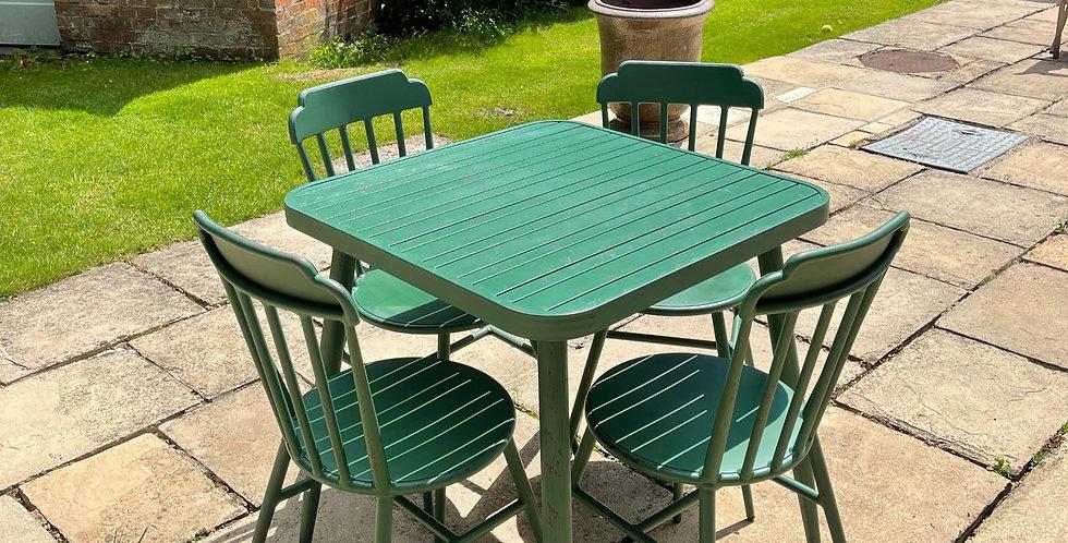 Chambrey Table & Chair Set