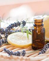 huiles-essentielles-guide.jpg