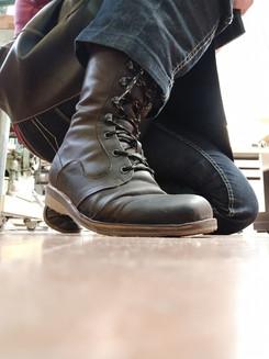 Mittojen mukaan valmistetut kengät ovat luksusta.