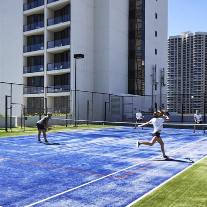 oolsp-tennis-0195-hor-wide.jpg