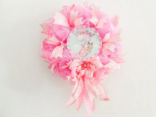 Its a girl wreath new baby gift celebrate celebration gender reveal event pink decor Abu Dhabi Dubai UAE Gateway Art Sales